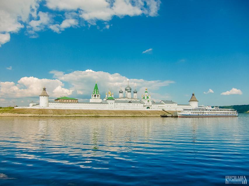 Zheltovodsky Makariev Convent - Makarievo