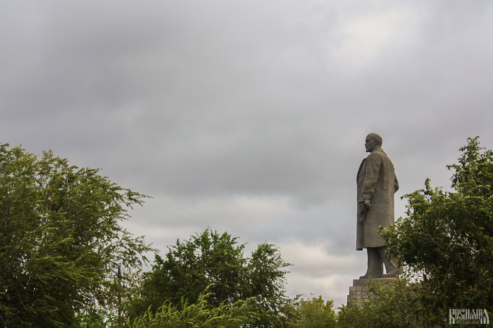 Biggest Lenin in the World - Volgograd