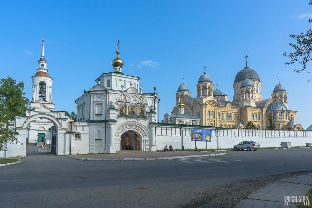 Svyato-Nikolaevsky Monastery - Verkhoturye