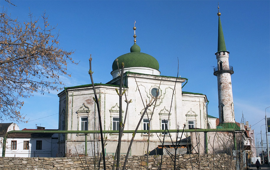 votkinsk muslim Votkinsk vyazma vyborg  is one of the most beautiful and unusual kremlins in russia as only here will you see an orthodox cathedral and a muslim mosque next to .