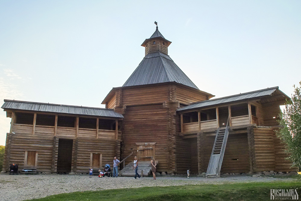 Mokhovaya Tower of the Suma Stockade, Kolomenskoe Estate (August 2013)