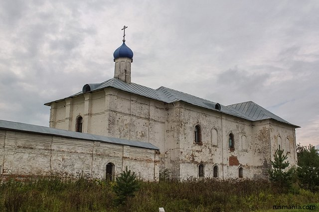Presentation of Virgin Mary Church, Luzhetsky Monastery (November 2013)