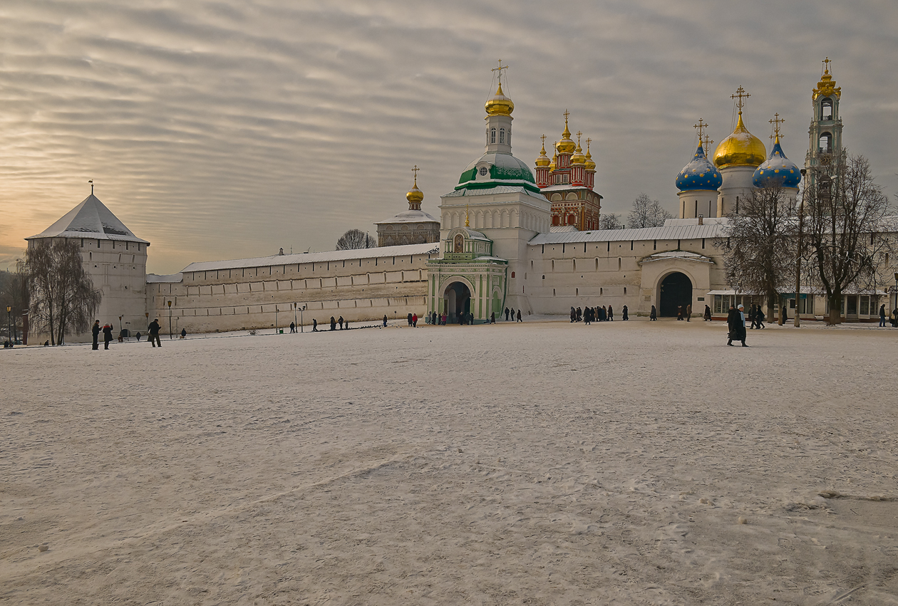 Sergiev Posad is located along the first kilometers of Trassib.